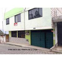 En venta casa amplia sector El Carmen Bajo, LLano Chico, Quito